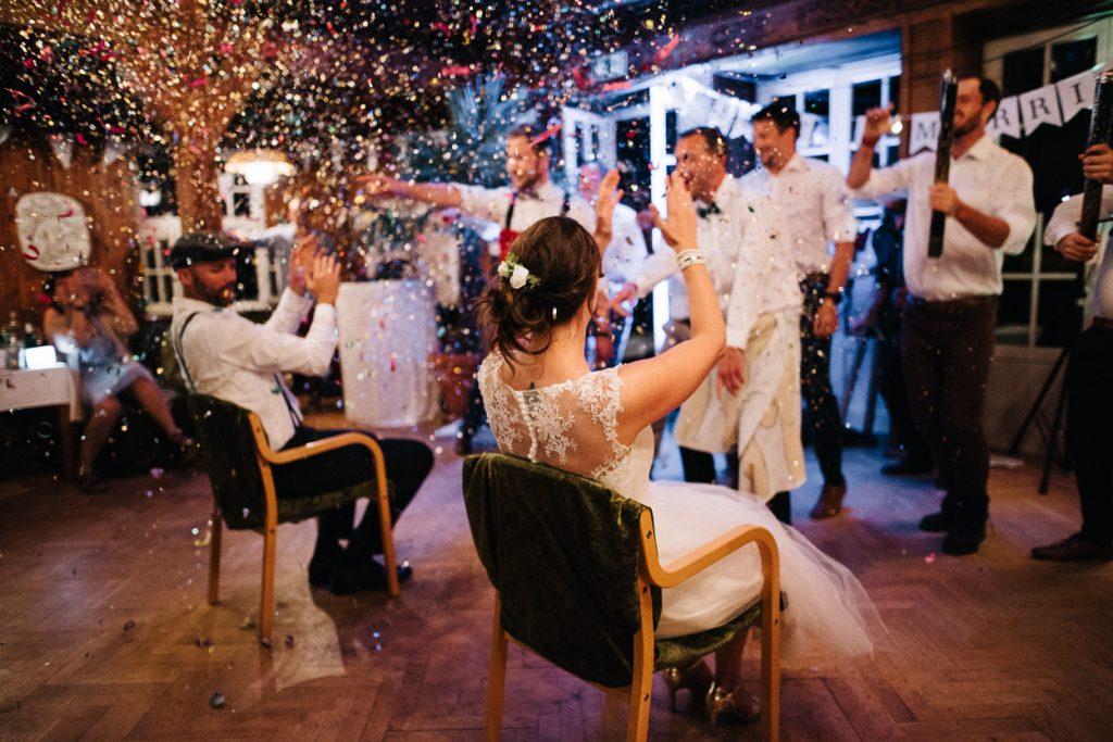 Hochzeit mit Konfetti